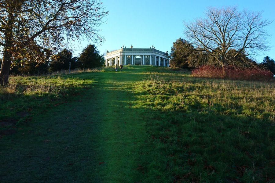Dashwood Mausoleum climb