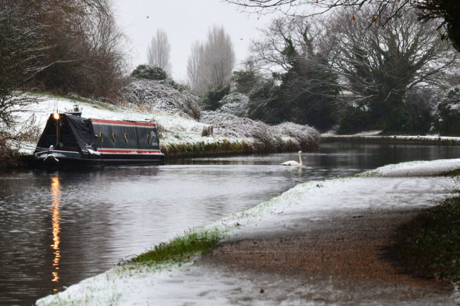 Northolt Canal in winter